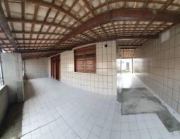 .. Casa Augusto Franco prox a farmácia Moura //