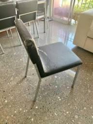 Cadeira inox e estofado Tok&Stok
