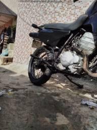 Vendo Moto XLX 350