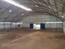 Título do anúncio: Galpão/Depósito/Armazém para aluguel tem 3000 metros quadrados com 4 quartos