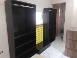 armário expositor arara c/divisórias em MDF