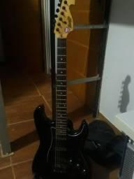 Título do anúncio: Guitarra memphis  mg32