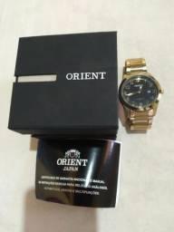 Vendo esse lindo relógio orient de luxo a prova d'água topissimo , passo cartão