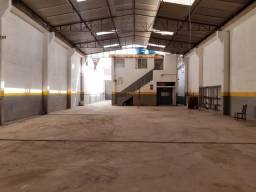 Título do anúncio: Comercial/Industrial de 1200 metros quadrados no bairro Bonsucesso