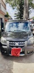 Título do anúncio: Fiat Doblò Adventure 1.8 a gás 2013 muito nova!