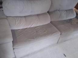 Sofá retrátil e reclinável Usado