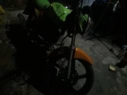 vendo essa moto toda em dia doc.