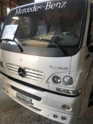 Caminhao Mercedes Benz MB 915 ano 2005 - 2005