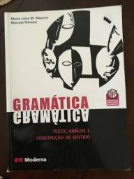 2 livros: Gramática e Literatura