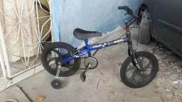 Vendo uma bicicleta Caloi de crianças
