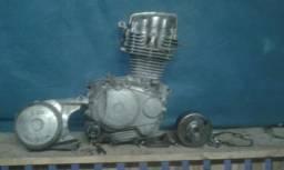 Vende se motor 125 ano 99 !!