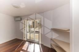 Casa de condomínio para alugar com 3 dormitórios em , cod:I-025540