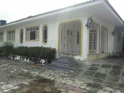 Bete vende casa com 6 quartos em Candeias