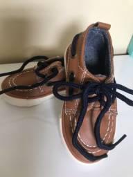 Sapato infantil  tamanho EUR 19
