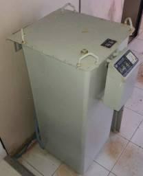 Transformador Regulador de Voltagem