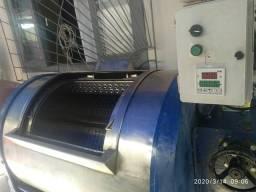 Vendo 3 Máquinas industrial para lavanderia ou hotel comprar usado  Joinville
