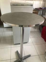 Mesa e banqueta toda de alumínio