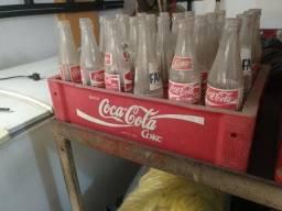 Engradado baixo Coca Cola 24 garrafas 290ml com garrafas