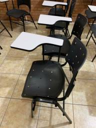 100 cadeiras universitárias / escolares