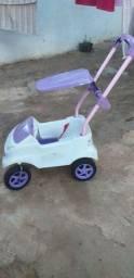 Carro de passeio infantil
