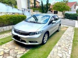 Honda Civic.              *PARCELO*