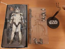 Star Wars Clone Trooper Echo - Sideshow Collectibles