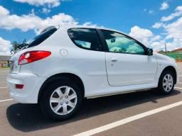 Peugeot 207hb xr 1.4 2012 redondinho