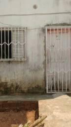 Título do anúncio: Vende-se uma casa lugar tranquilo não falta água boa vizinhaça.