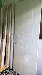 Porta de madeira NOVA com aduela e alisar
