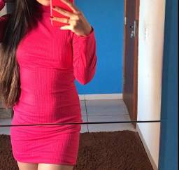 vendo dois vestidos manga longa rosa pink e nude