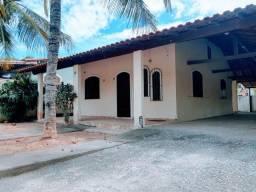 Casa perto da lagoa e da rodovia de Praia Seca