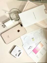 iPhone 8 Plus 128gb super novo com um ano de uso