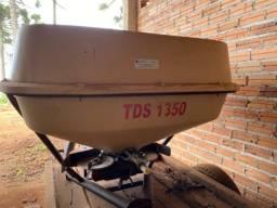 Distribuidor Duplo Disco Vicon TDS 1350