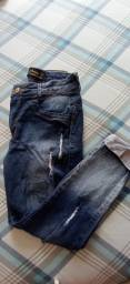 Título do anúncio: Calça jeans 40