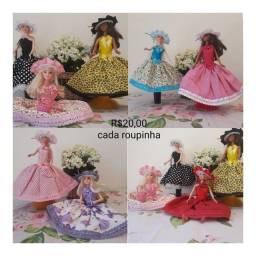 Título do anúncio: Roupinha para boneca Barbie
