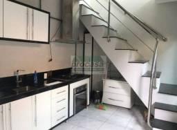 Apto Duplex p/ Alugar - bairro Aleixo - contendo apenas 1 dormitorio