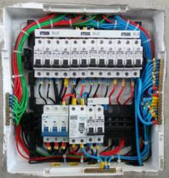 Título do anúncio: Francisco Lima 85 999 038317. Instalação e manutenção , elétrica e hidráulica.
