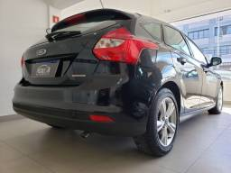 Ford Focus 1.6 Automático super novo vendo troco e financio R$