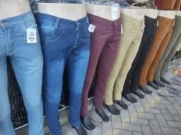 Bermudas com e sem lycra,Calças jeans e coloridas