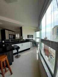 Apartamento Mobiliado, Decorado e Equipado com 03 Dormitórios na Quadra Mar em Balneário C