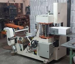 Máquina fabricar guardanapos 30x30cm usada