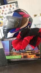 Vendo capacete helt 400R$ novinho vai do jeito q tá
