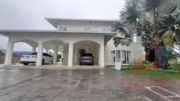 Casa para Venda em Teresópolis, TIJUCA, 4 dormitórios, 2 suítes, 5 banheiros, 3 vagas