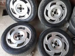 Roda 15 pneus meia vida