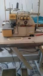 Maquina de Costura Overlok yamata fy33