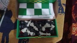 Título do anúncio: Jogo de jadrez novo sin uso