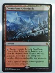 "Carta de magic ""Contraforte Arborizado"""