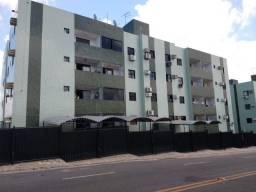 Apartamento em Mangabeira. 02 quartos com varanda