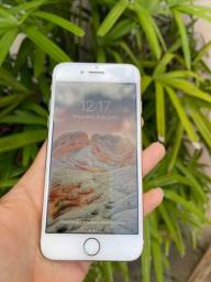 iPhone 8 - Único dono - 64 GB