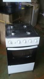 Vendo conservado so tem que arrumar o forno